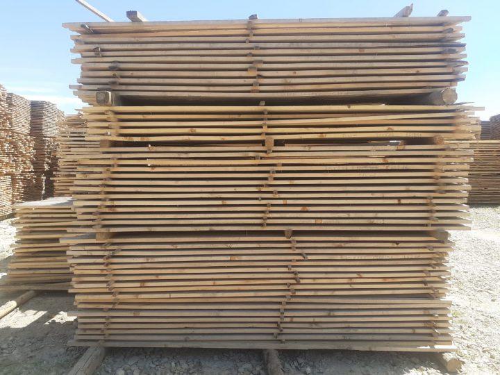 Szárított fűrészárú értékesítése az építőiparban